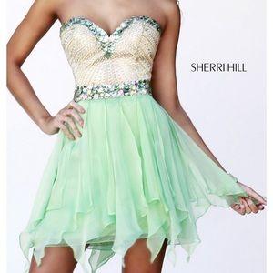 Sherri Hill NWT Prom/Homecoming Dress Size 00